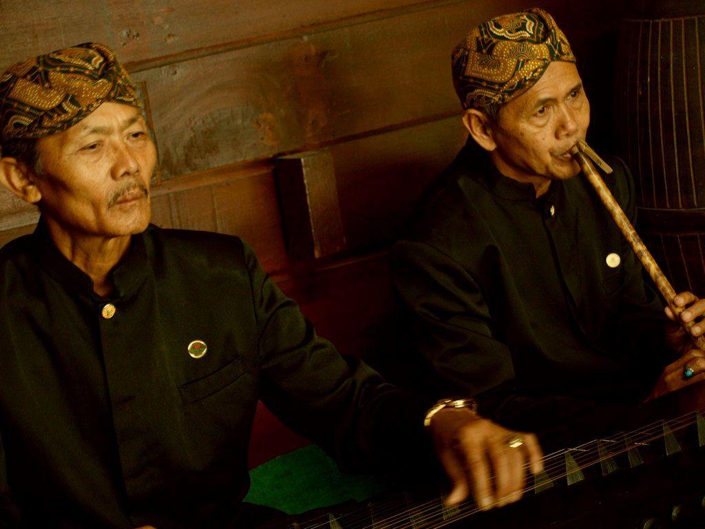 Ragam Instrumen Musik 'Urang Sunda'