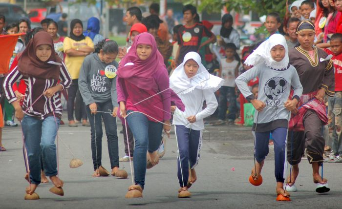 Bakiak Batok Orang Sunda