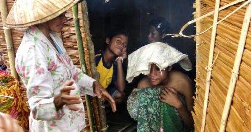 Tradisi Mengasingkan Perempuan Hamil di Gubuk Kecil Suku Naulu