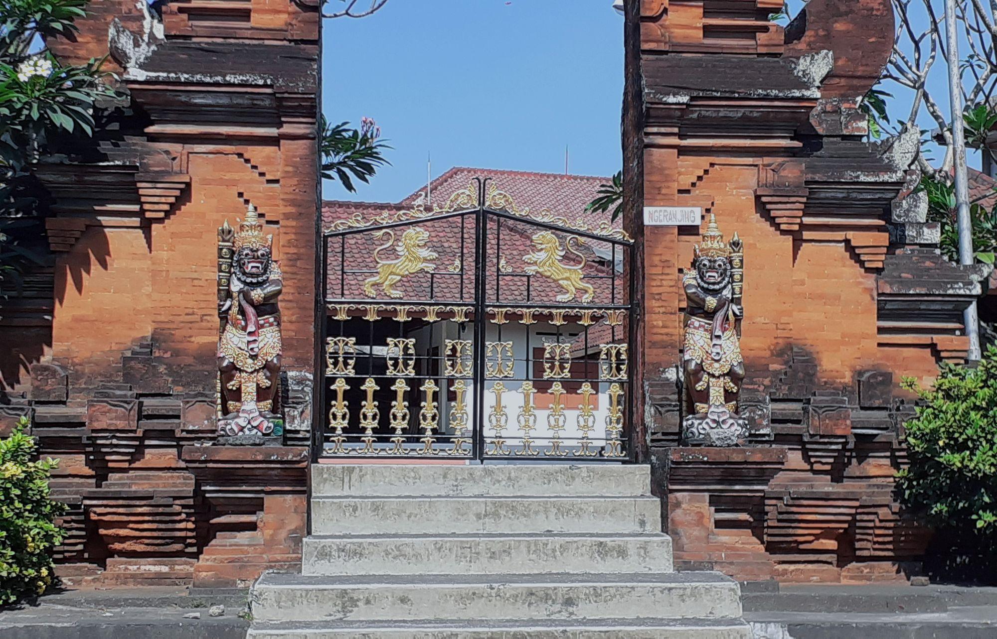 Mengenal Dwarapala, Patung Penjaga Tempat Suci di Bali