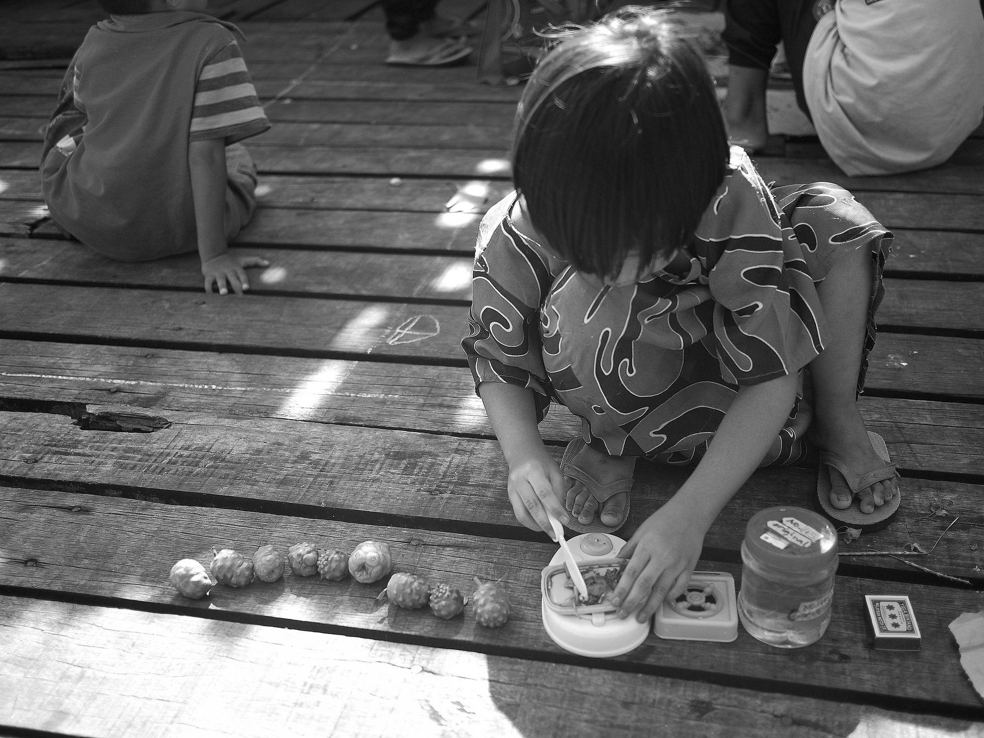 Pasaran: Ruang Imaji untuk Anak Perempuan