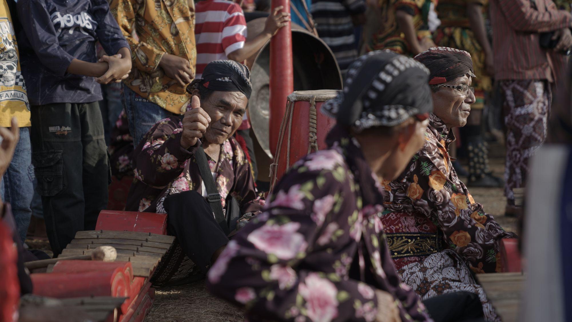 Fenomena Artis Bangga Berbahasa Jawa, Lantas Mengapa Kita Mesti Malu?