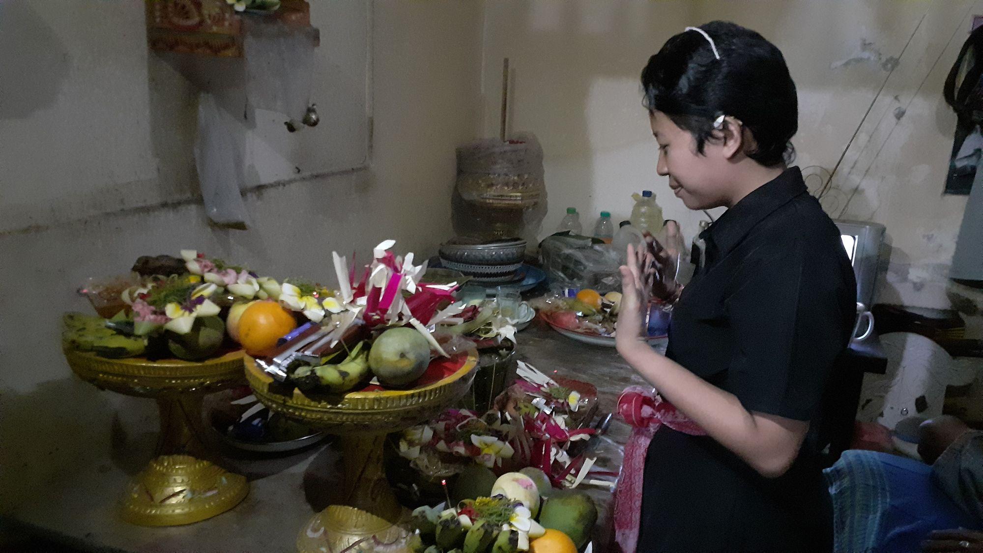 Otonan: Upacara Ultah Menurut Kepercayaan Orang Hindu Bali