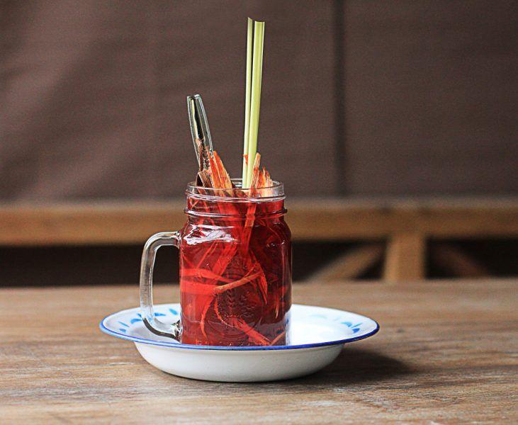 Mengenang Uwae Seppang: Minuman Sehat Masyarakat Bugis