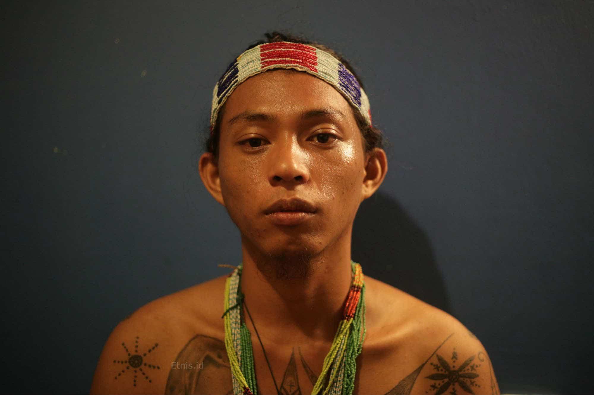 Bayang-bayang Opresi dalam Tato Orang Mentawai