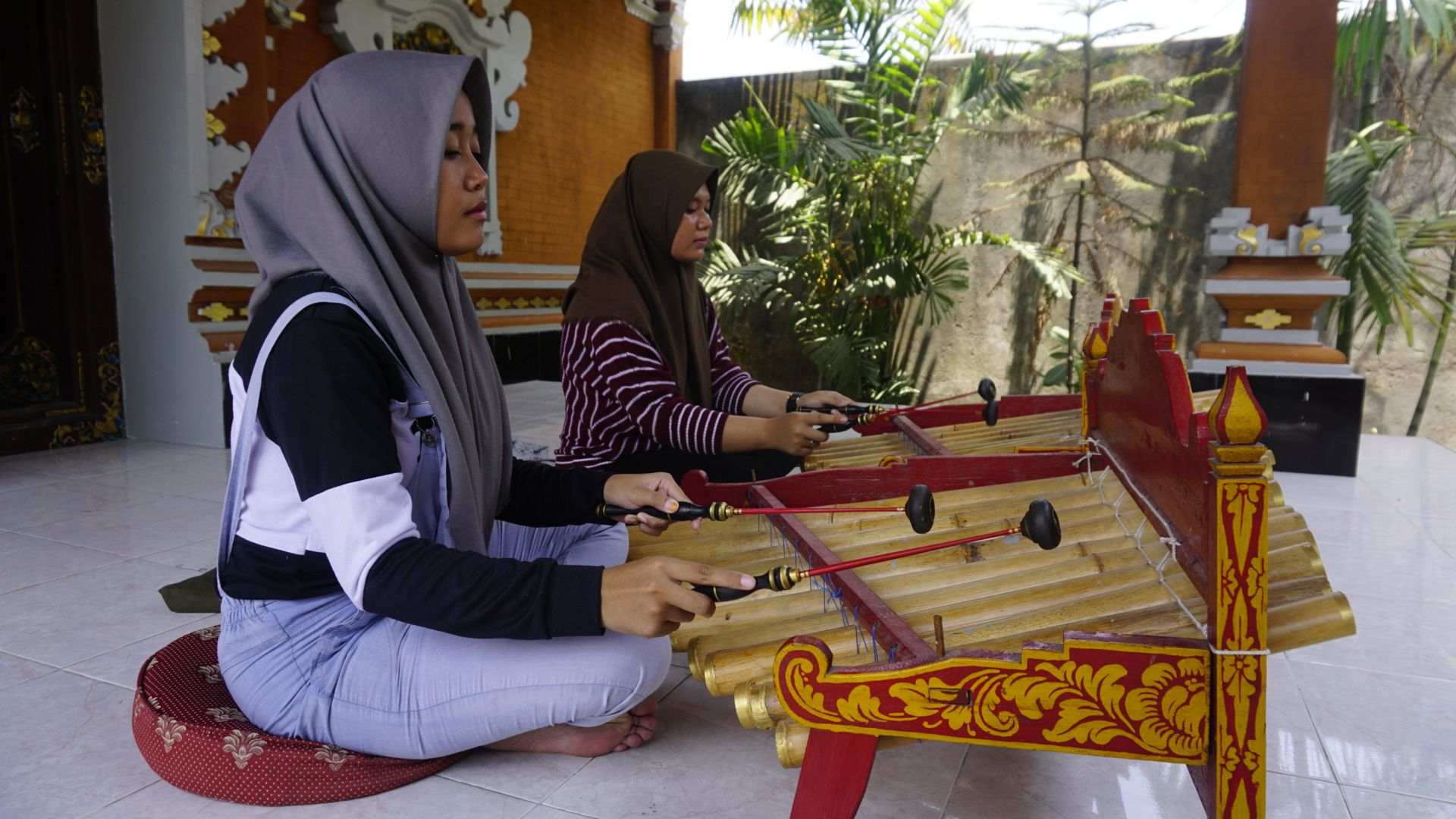 Apakah Warga Bali akan Melupakan Cara Bermain Rindik?