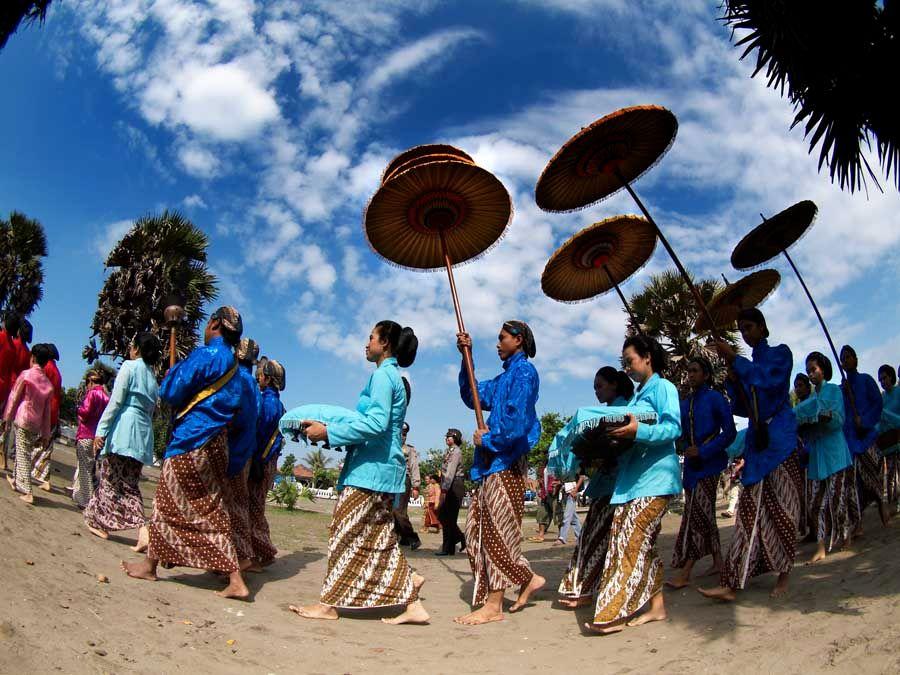 Mengenal Tradisi Labuhan di Yogyakarta