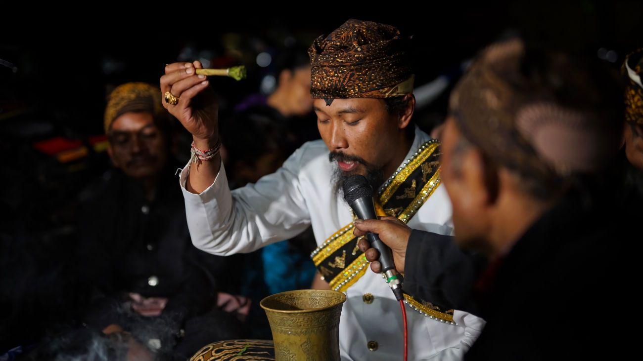 Entas-entas: Ritual Menyempurnakan Arwah dari Suku Tengger