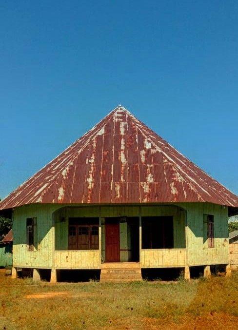 Dapur bagi Orang Manggarai: Makna, Fungsi dan Aneka Perabotnya