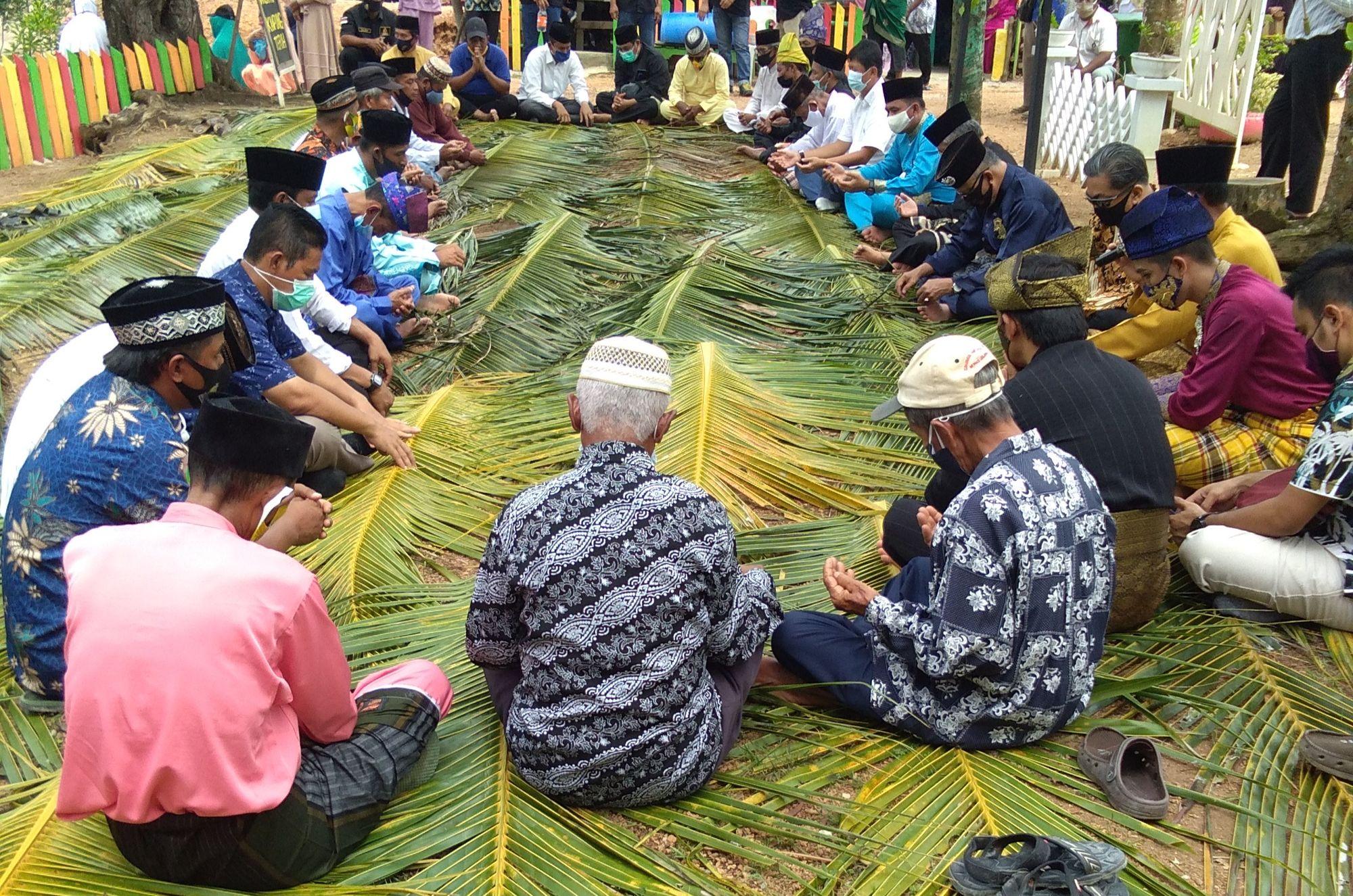 Makna Ritual Mandi Safar bagi Etnis Melayu Terih Nongsa