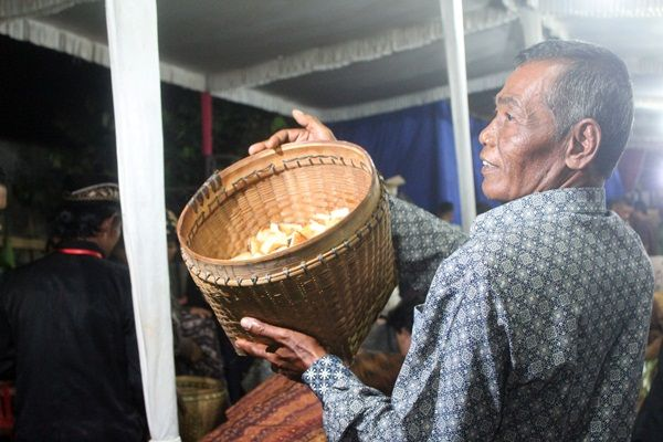 Mengenal Tradisi Wahyu Kliyu di Dukuh Kendal Karanganyar