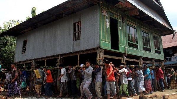 Mappatettong dan Mappalette Bola, Cara Orang Sulawesi Selatan Bekerja Sama